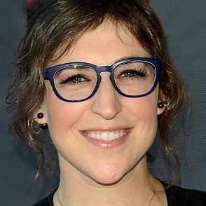 How Big Bang Theory Actress Mayim Bialik Gets Her Kids to Floss